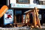 Ски училище и гардероб Snow Peak -Банско
